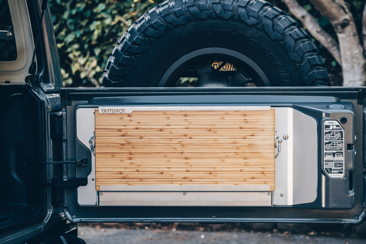 Outback Adventures Trailgater Tailgate Table for Jeep JL and JLU Review