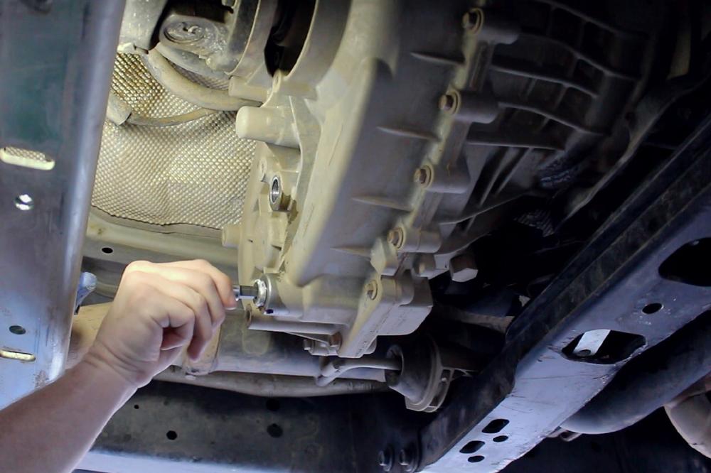 Jeep JL Transfer Case Fill Plug Installation